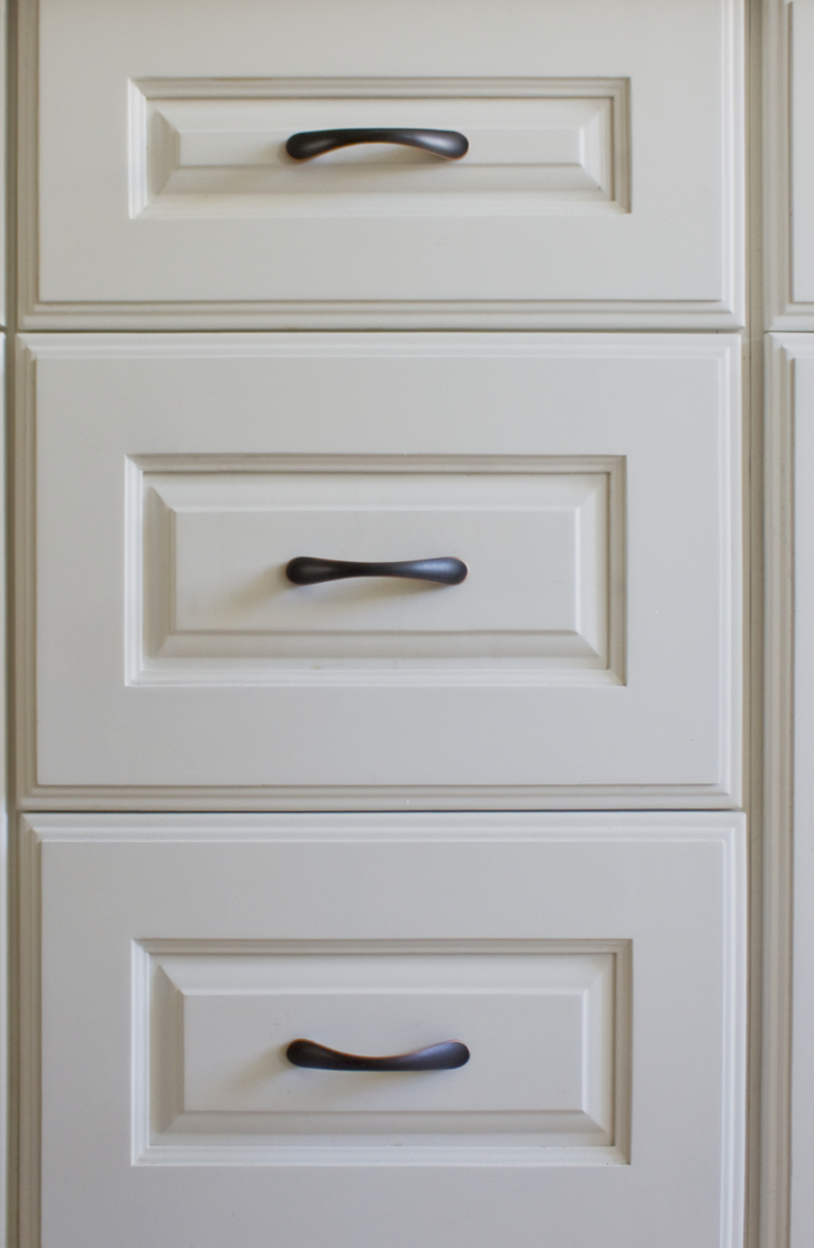 How To Clean Greasy Kitchen Cabinets: Vinegar, Baking Soda ...