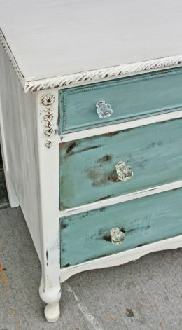 Easily Distress Furniture (In Only A Few Hours!) How to Distress Furniture, Easily Distress Furniture, How to Easily Distress Furniture, Painted Furniture, Painted Furniture Tips and Tricks, How to Weather Furniture, Weathered Furniture Tutorials