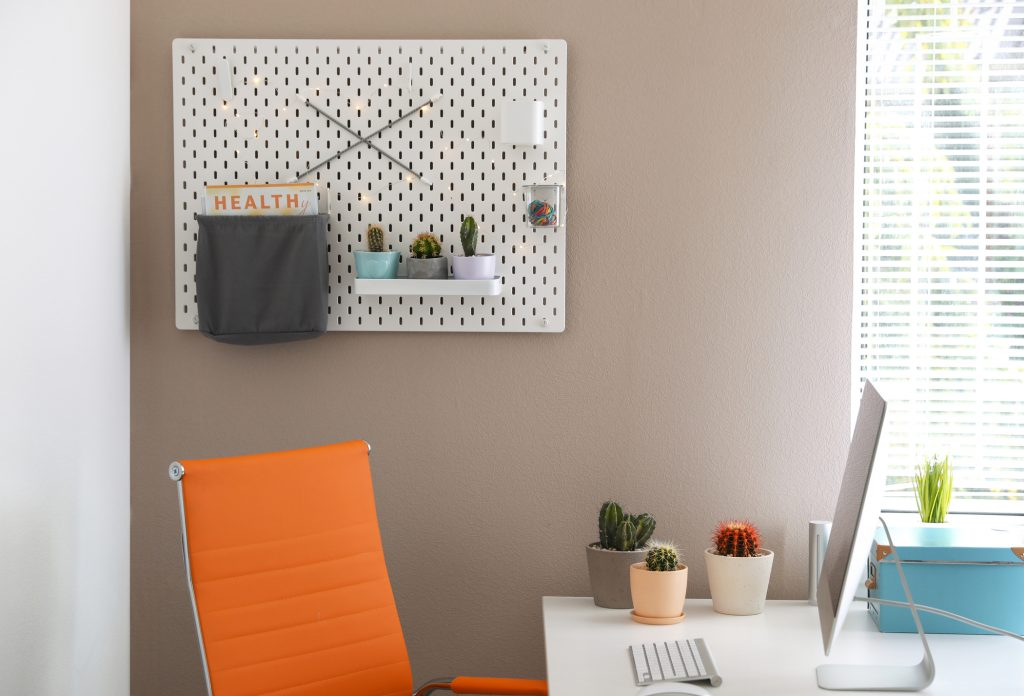 I bet you didn't think that you could use pegboard in your home and have it look cute, did you? These are can't miss pegboard ideas!