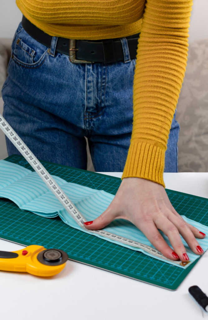 When it comes to sewing, measuring can be tricky! Whether you're sewing by hand, looking for ideas, or even want to sew your own clothes, we've got you covered with these twelve sewing tips for beginners and experts alike!