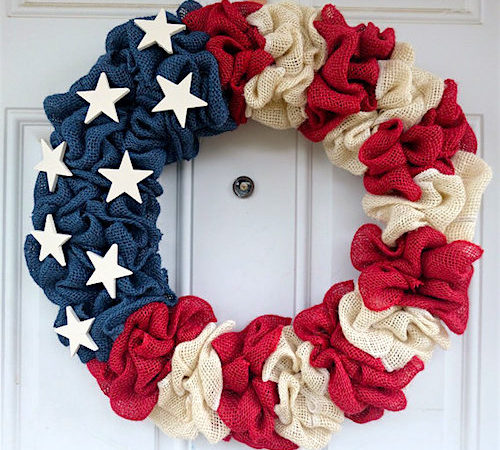 Daring DIY Wreaths for the 4th  Fourth of July, Fourth of July Porch Decor, Porch Decor Tips and Tricks, Fourth of July Home, How to Decorate for the Fourth, Summer Home Decor, Popular Pin #fourthofjuly #holidayhomedecor #diyholiday #holidayhome #independenceday #holiday