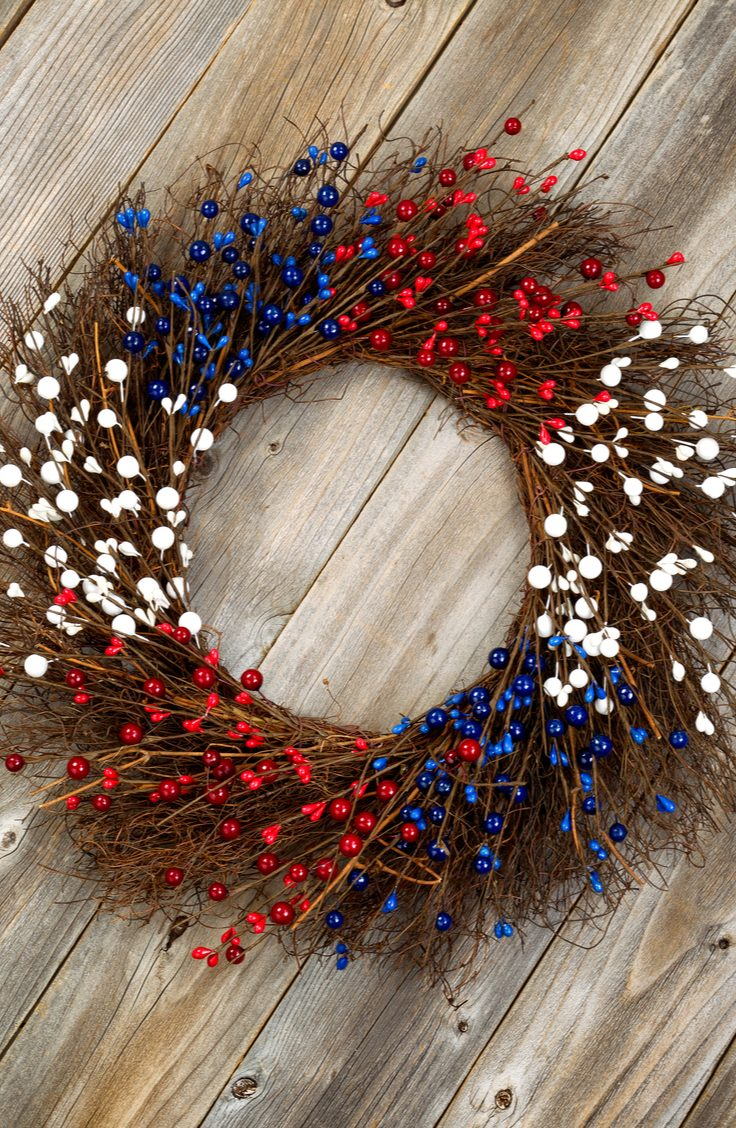 Here are some darling ideas for 4th of July DIY door wreaths. You will love them! Here are some darling ideas for 4th of July DIY door wreaths. You will love them!