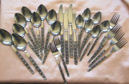 Foulproof Ways to Clean and Care for Silver| How to Clean Silverware, Silverware Care, Silverware Care Hacks, Cleaning, Cleaning Hacks, How to Clean Silverware, Cleaning Tips and Tricks #Silver #SilverCare #CaringforSilver