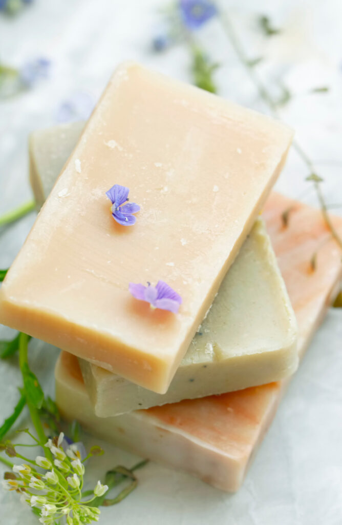 If you've ever wanted to make your own homemade lotion bars, we're here for you! These lotion bars are great to keep around your house or to give as gifts to your friends and family.