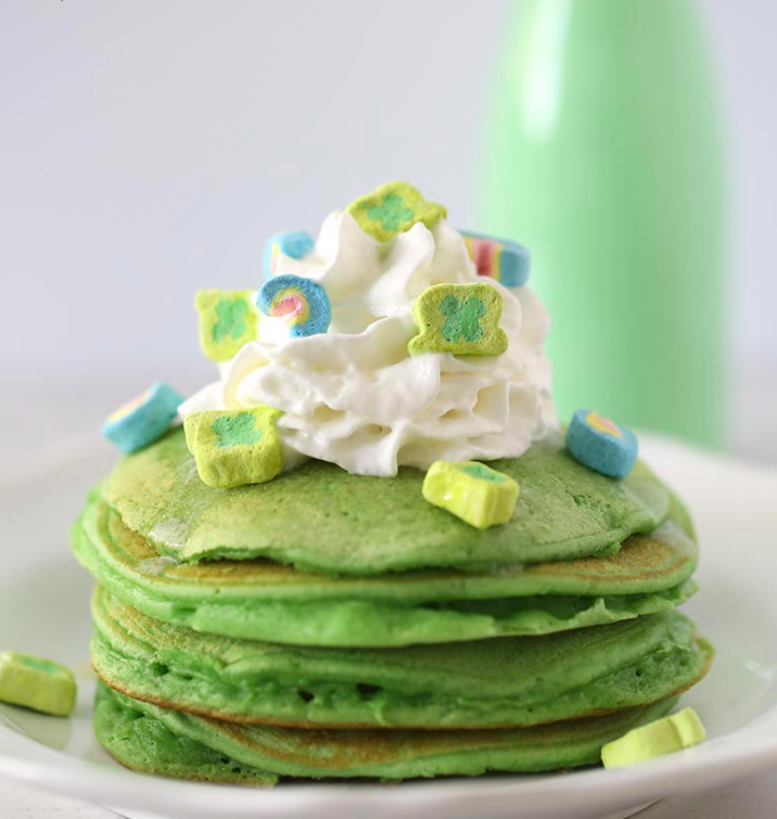 10 St Patricks Day Crafts that Will Make You FEEL Lucky| St Patricks Day Crafts, Holiday Crafts, DIY Holiday, Easy Holiday Crafts, St Patricks Day Crafts for Kids, Holiday Crafts for Kids, St Patricks Day DIYs #StPatricks #StPatricksDayCrafts #DIYCrafts