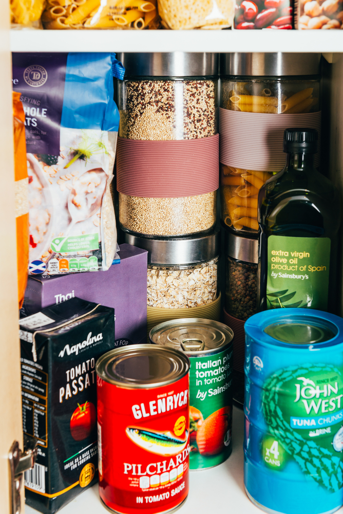 Do you get sick of looking at a messy pantry with cans everywhere? Organize canned goods with these pantry organization and storage projects, products, and ideas.