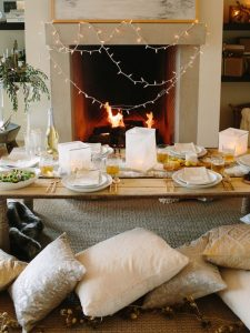 Throw A DIY Indoor Picnic Party| Picnic Party, Picnic Food Ideas, Picnic Ideas, Party Ideas, Picnic Party Ideas, Picnic Party Ideas Kids