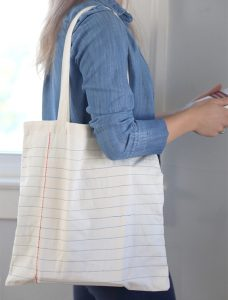 10 Creative Ways to Decorate a Canvas Tote Bag| Crafts, Easy Crafts, Canvas Tote Bag, Canvas Tote Bag DIY , Canvas Ideas, Canvas Tote Bag Pattern, Canvas Tote Bag Design, DIY Canvas Tote Bag #CanvasToteBag #CanvasToteBagDIY #CanvasToteBagPattern