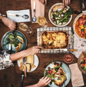 Time to prepare family dinner but out of fresh ideas? No worries! I've got you set with this list of family dinner ideas to prepare for your next Sunday dinner! Simple, easy, but DELICIOUS recipes! Time to get cooking!