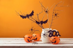 Halloween Decorations | DIY Halloween Decorations | DIY Non-Frightening Halloween Decorations | Halloween | Halloween Decor