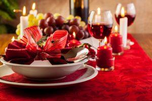 Creative Table Napkins | Creative Table Napkin Ideas | Holiday Table Napkins | Creative Holiday Table Napkins | Table Napkin Decor | Fancy Table Napkins | Folded Table Napkins