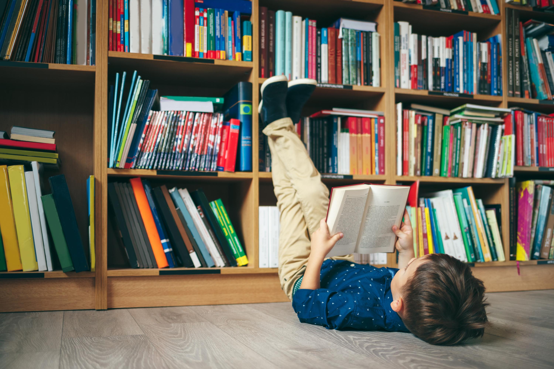 Dr. Seuss   Dr. Seuss collection   reading   kids   reading for kids   kids reading   books for kids   parenting   parenting hacks