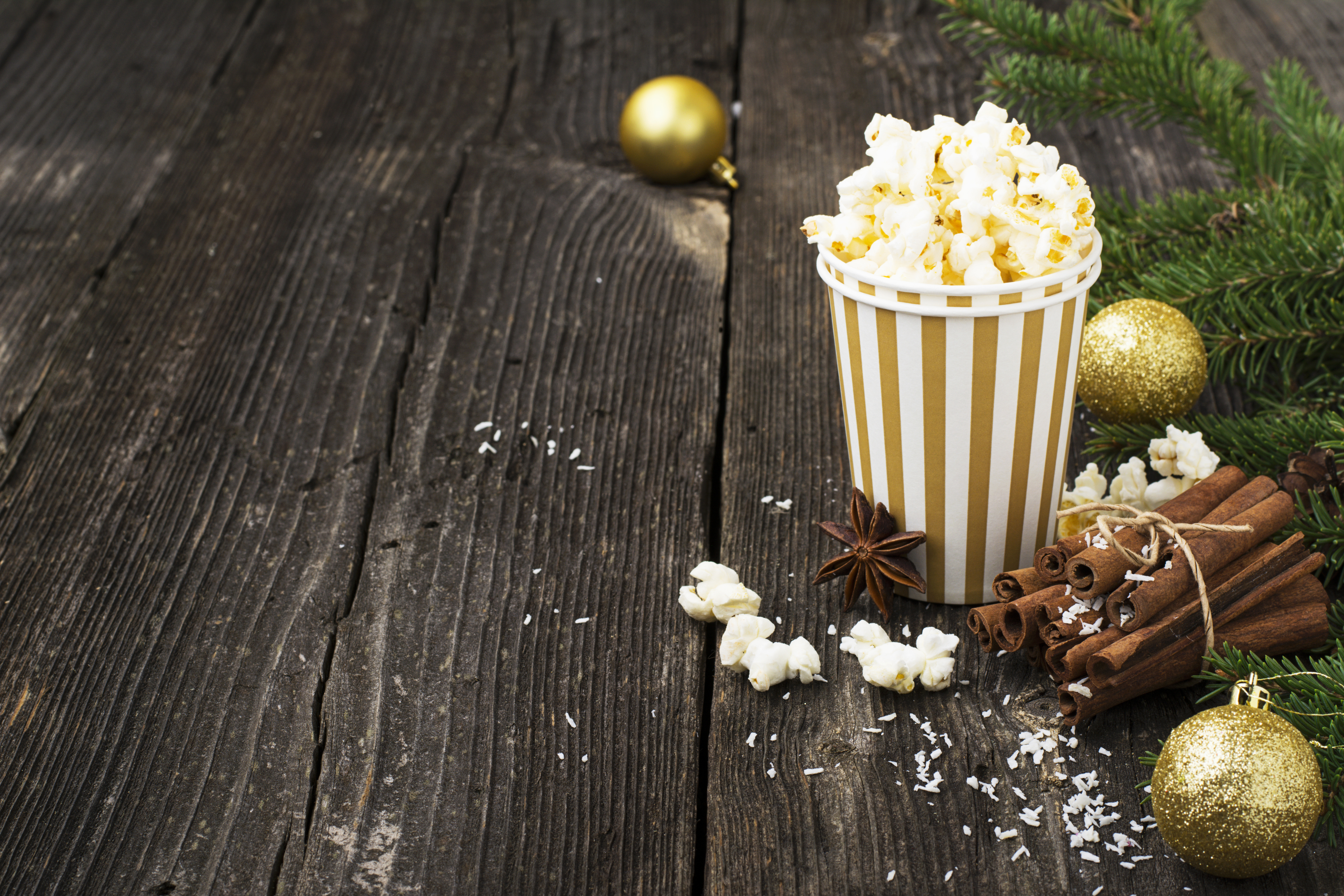 Looking for a good Christmas movie to snuggle up and watch this winter? These Hallmark Christmas movies should be at the top of your list.