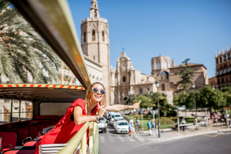 European travel | inexpensive European travel | how to travel Europe | cheap travel | bus | Euroline