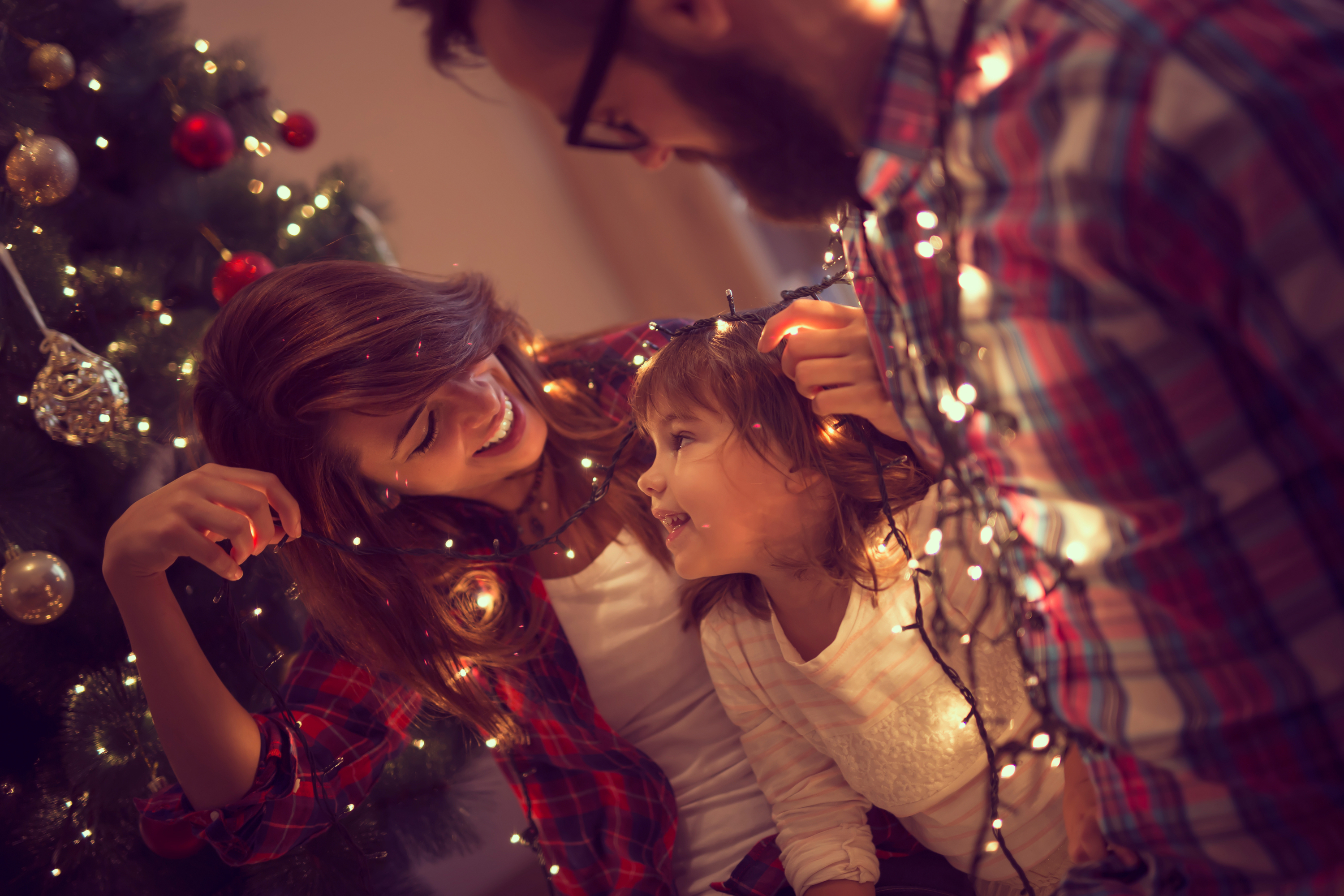 It can be hard to come up with fun ideas for the family to celebrate the 12 days of Christmas. These 12 days of Christmas ideas will be loved by all.