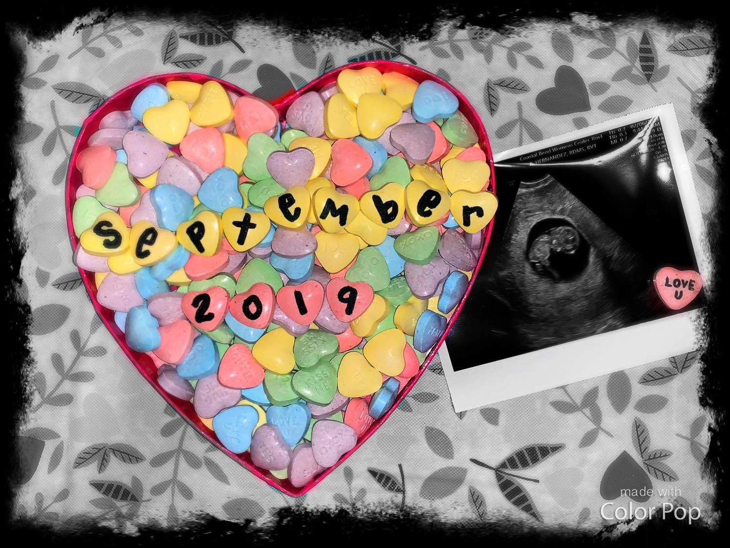 Valentine's Day is the perfect time to announce your pregnancy. These Valentine's Day pregnancy announcement ideas will definitely spread the love! Look here for more ideas.