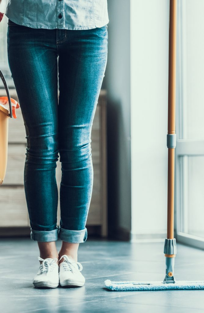 Are you getting a little restless during quarantine? I can completely relate!  If you're getting bored of the usual, why not deep clean the nooks and crannies of your house? After all, cleaning IS the best way to get rid of the virus. Check out these cleaning tips for the home and car for the cleanest home and car ever!