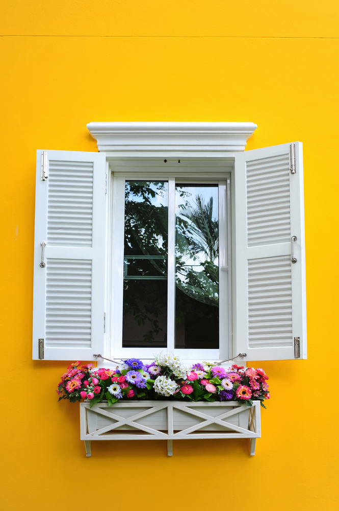 Whether you're looking to increase your curb appeal, spruce up the entrance to your home, or simply update your porch decor for Spring or Summer, adding an accessory is a great way to accomplish them all. So, here are 10 fabulous front door decor ideas found on Etsy! Your home will be the talk of the neighborhood!