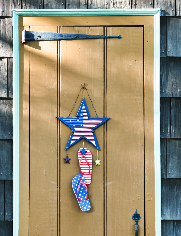Whether you're looking to increase your curb appeal, spruce up the entrance to your home, or simply update your porch decor for Spring or Summer, adding an accessory is a great way to accomplish them all. So, here are 10 fabulous front door decor ideas found on Etsy! You can even change out these ideas for holidays or special occasions.