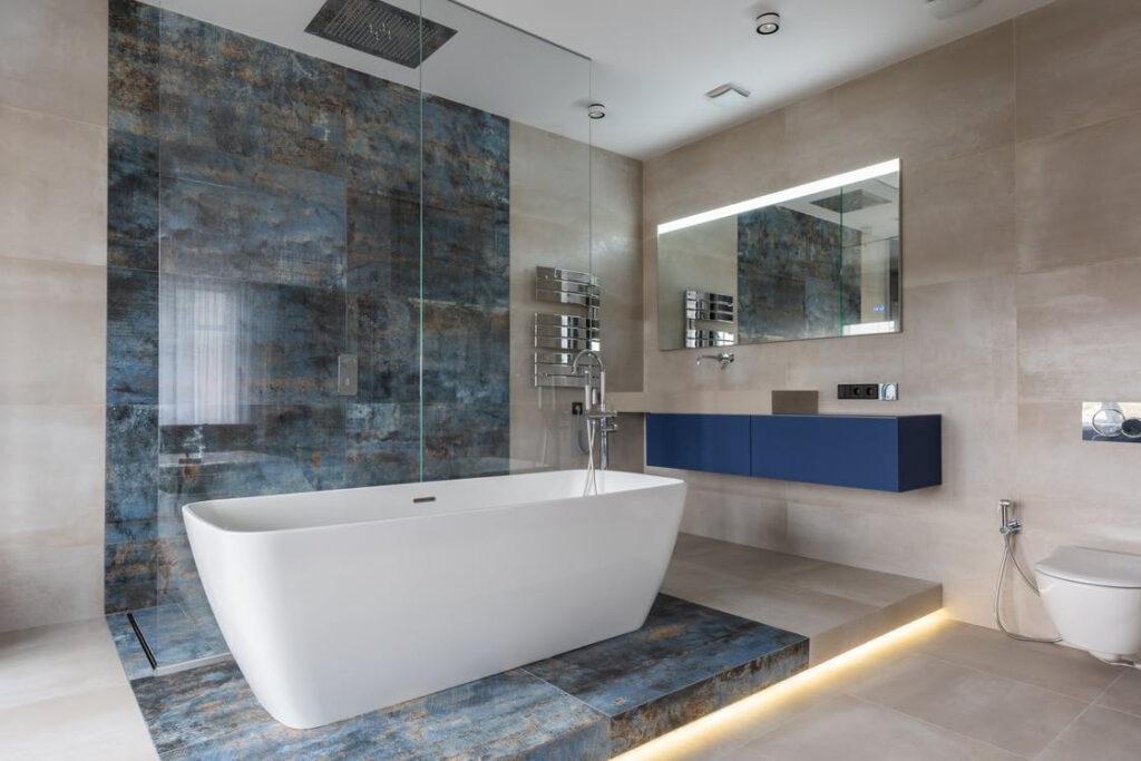 Tin bathtub in white color