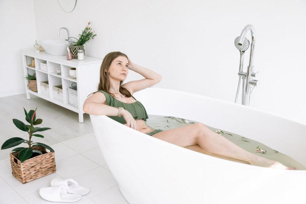 Modern tin bathtubs